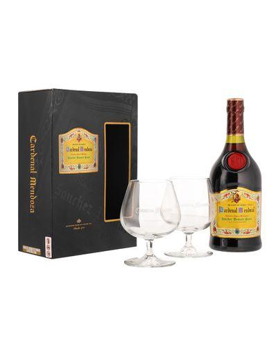Brandy-Cardenal-Mendoza-700-ml-con-2-Copas-Bodegas-Alianza