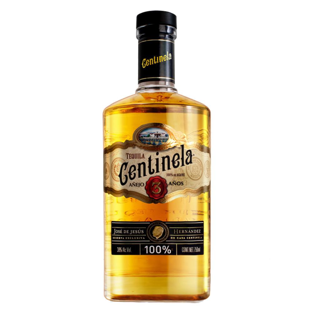 Tequila-Centinela-Añejo-3-Años-750-ml-Bodegas-Alianza