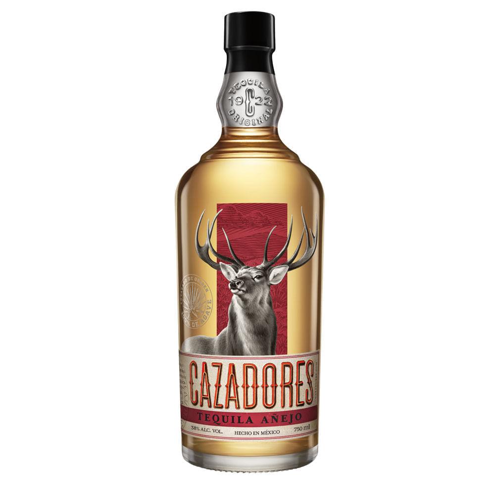 Tequila-Cazadores-Añejo-750-ml-Bodegas-Alianza