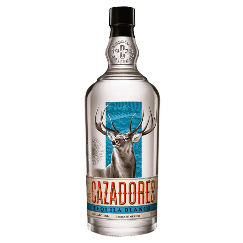 Tequila-Cazadores-Blanco-750-ml-Bodegas-Alianza